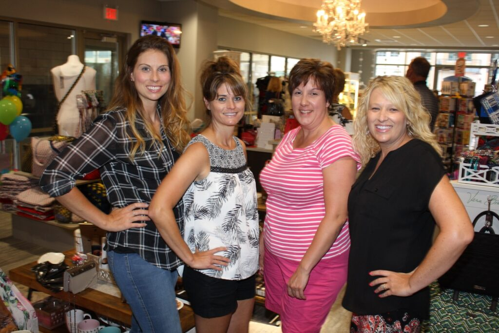 Nini's Treaqsures Grand Re-opening